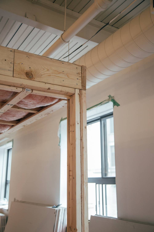 Jak łączyć drewno konstrukcyjne?