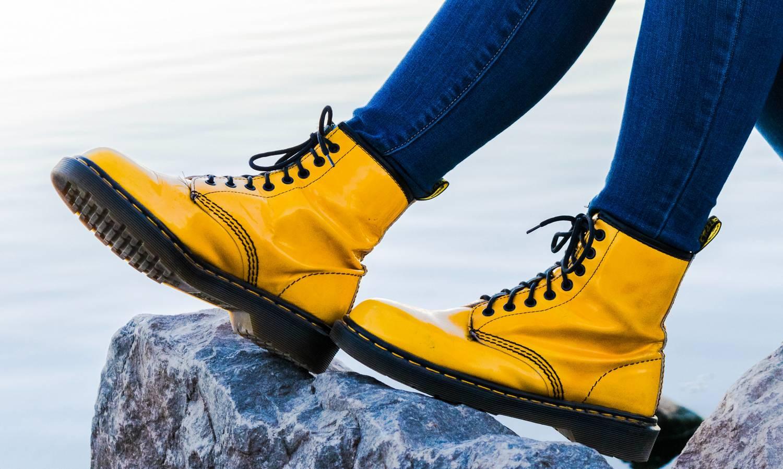 Niewygodne obuwie - co zrobić jak buty obcierają z tyłu?